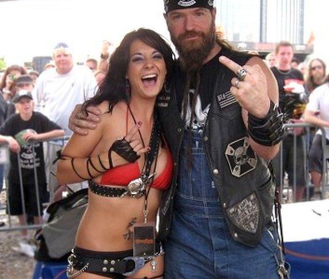 Tera Wrays Dream Come True Roadtrip With Ozzfest