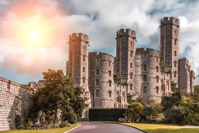 Our guide to castles as the perfect wedding venue.