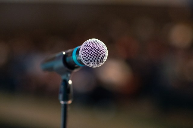 find the best wedding speech writer