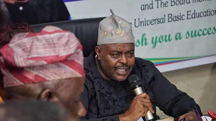 Alawiye-King Advises LASUBEB Staff On Dedication To Duty, Professionalism