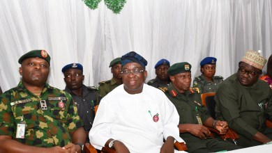 Photo of Makinde Urges Support For Nigerian Legion, Launches Remembrance Emblem