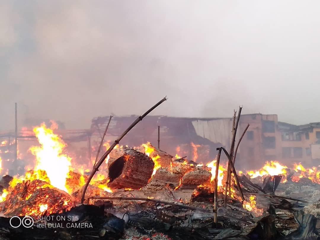 Just In: Midnight Inferno Destroys Multi Million Naira Properties At Mushin Popular Timber Market