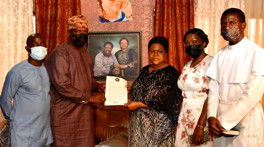 Sanwo-Olu Visits, Sympathises With T.B. Joshua Family;His Death, Not A Surprise To Me - Wife