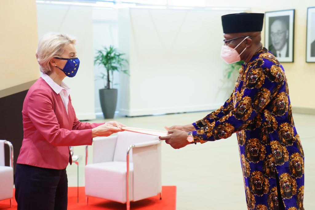 Ambassador Onowu Presents Letters Of Credence To European Commission's President + Photos