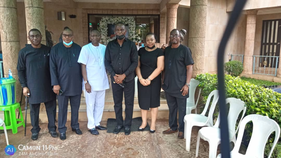 IBEDC Team Pays Condolence Visit To Late Captain Hosa Okunbo's Family