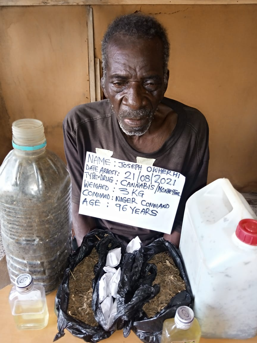 Watch As NDLEA Nabs Drug-trafficking 96-yr-old ex-Soldier With 8 Wives, 50 Children + Other Arrests, Photos