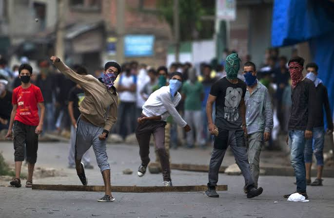 Protests May Rock Kashmir Over Alleged Election Rigging