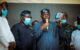 In Pictures, Sanwo-Olu Presents Diamond Excellence Award To Faleke At Nigeria Media Niteout Award Ceremony