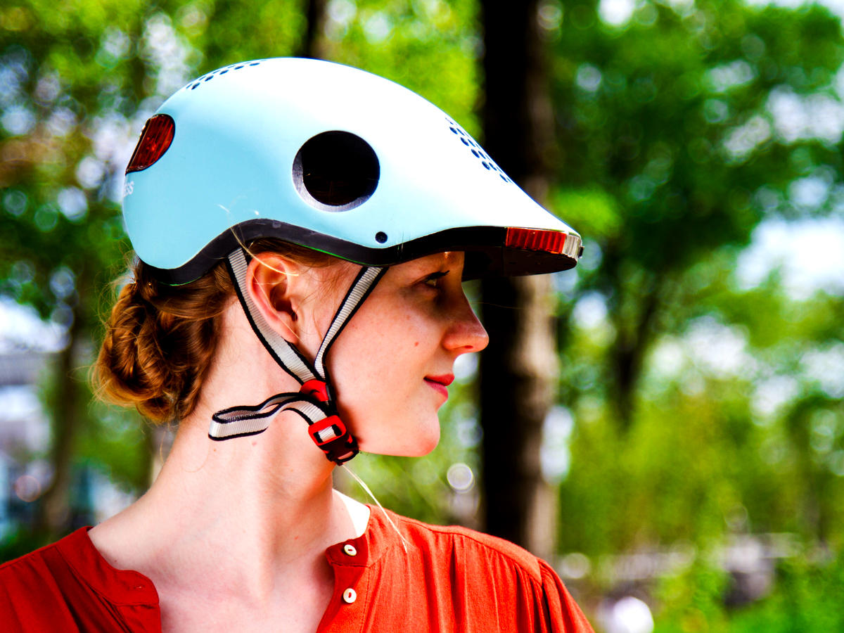 The World's Most Intelligent Bike Helmet