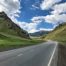 road Dolon Pass