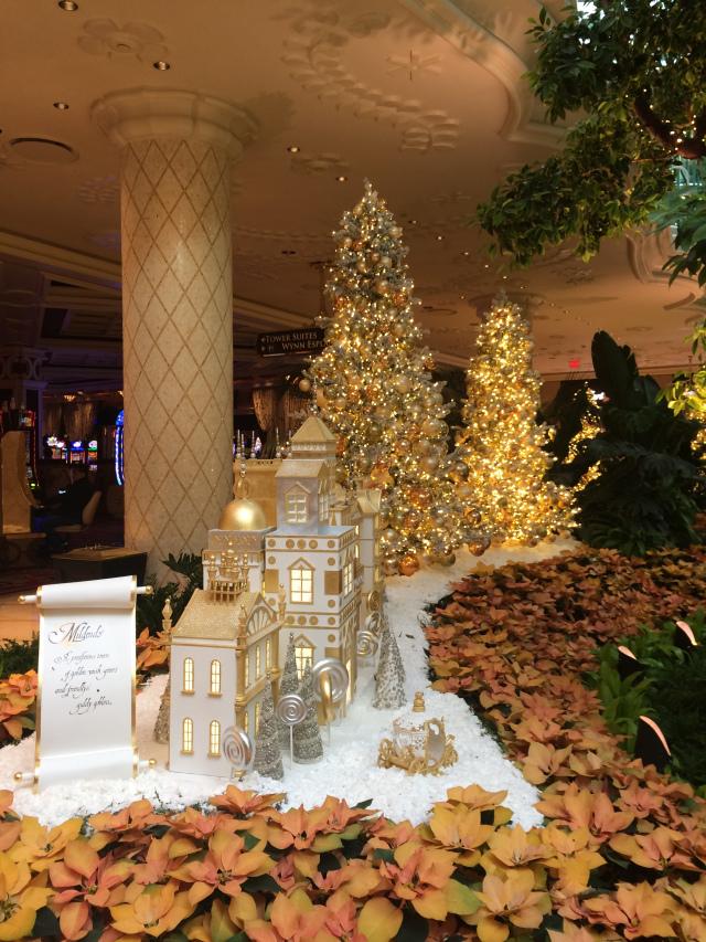 Vegas Wynn Christmas trees