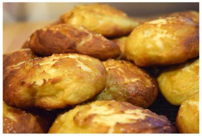 Read more about the article Baking Bread: Pretzel Buns