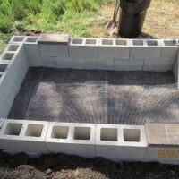 Cement Block Raised Garden Bed (04/03/15)