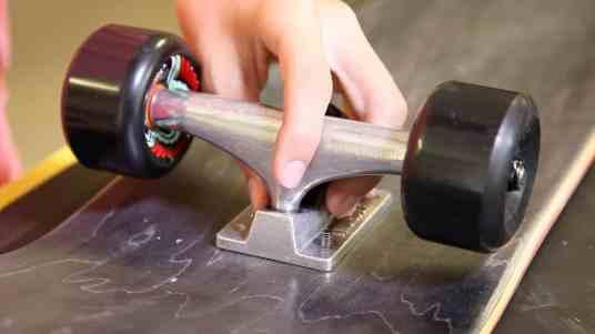 Make a Lowrider Skateboard -0001