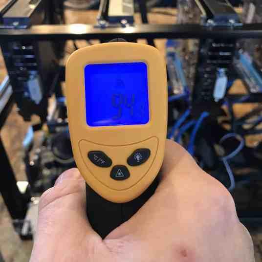 Tour of my Mining Rig 0013 - Temperature