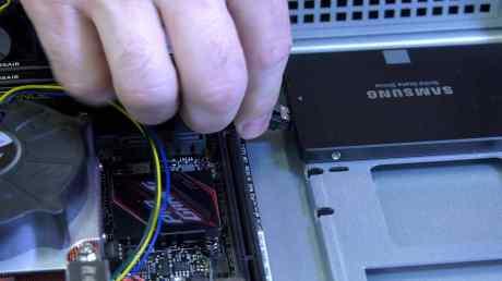 Building a 1U Server 0033