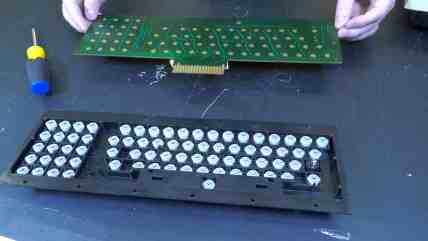Repairing the Commodore PET 0005 - Removing the Circuit Board