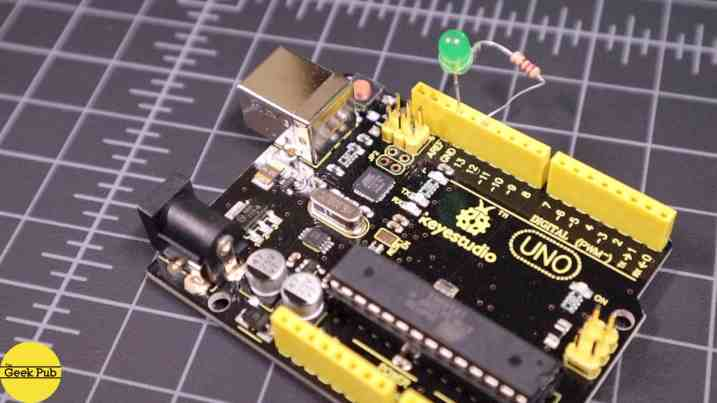 Arduino Blinking an LED 0006 - Hardware completed