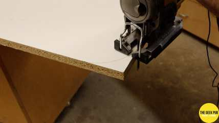 Ultimate Electronics Workbench 0011 - Rounding the corners of the Melamine Sheets