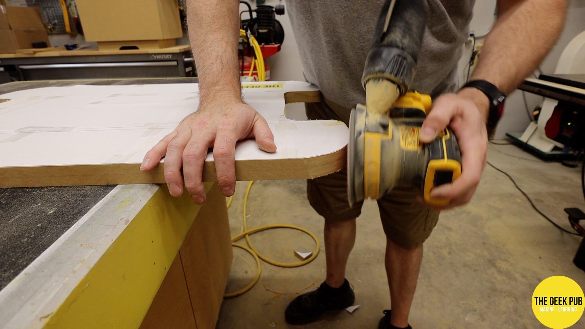 Tabletop sanding