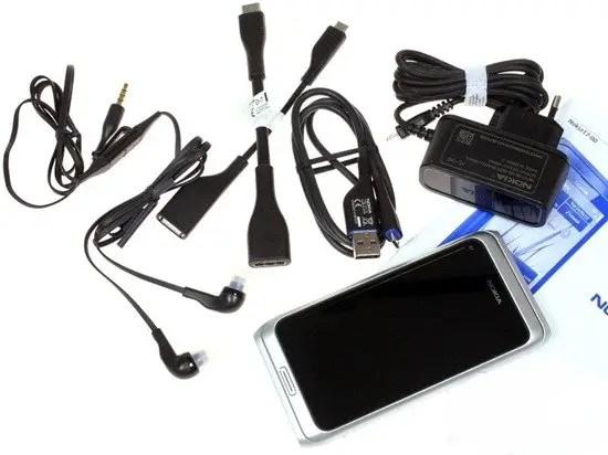 Nokia-E7-Package