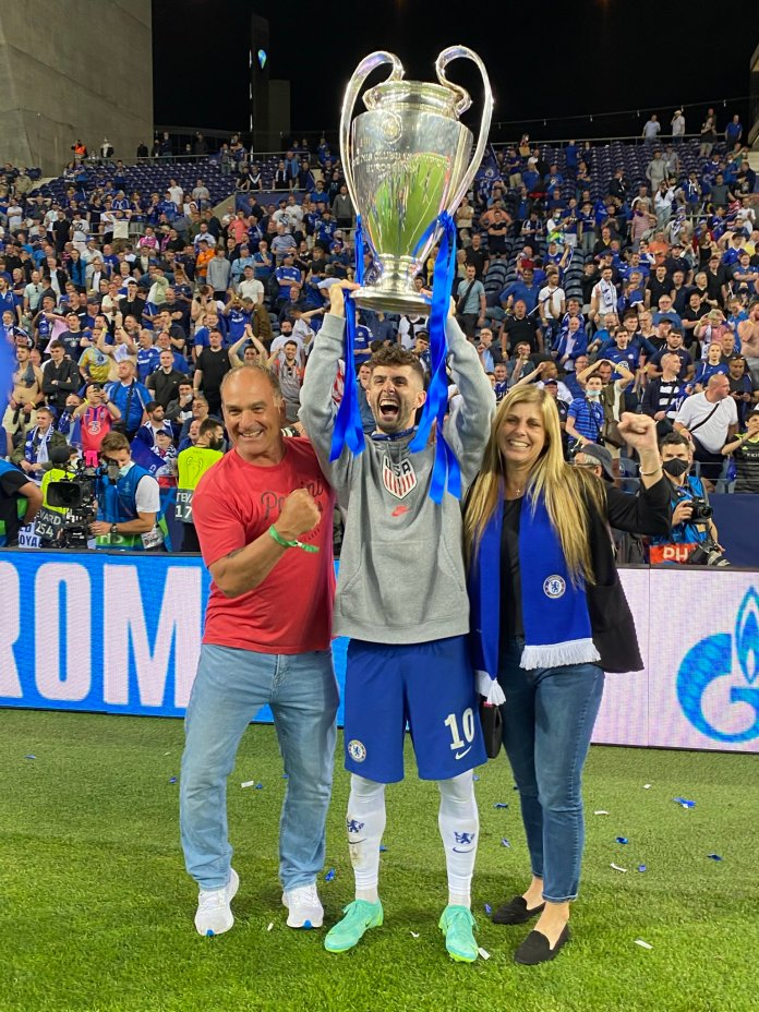 Watch As Pulisic Celebrates With Parents After Wining #UCL Trophy