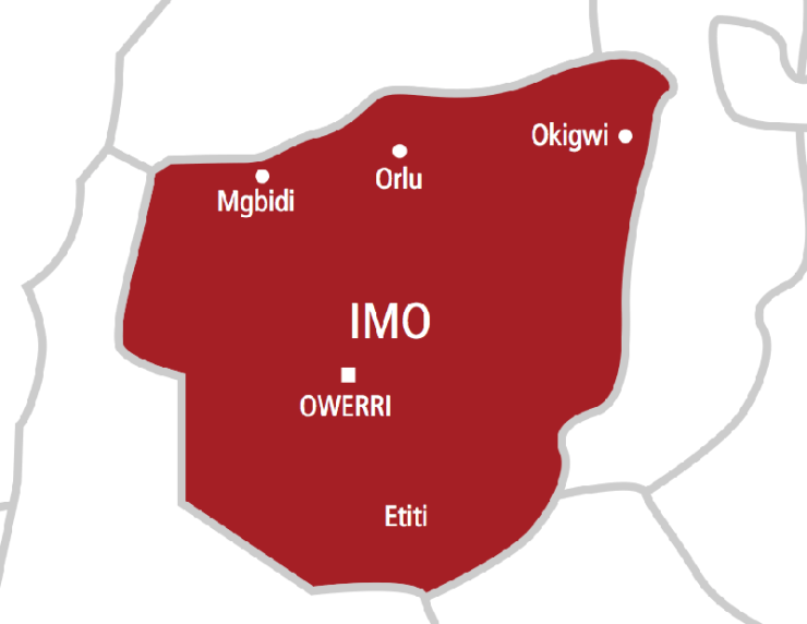 BREAKING: 8 Killed As Hoodlums Attack Police Headquarters In Imo State