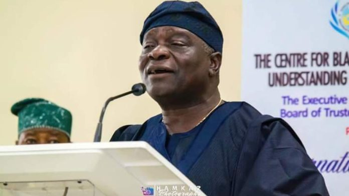 BREAKING: Oyinlola Declare Interest To Contest As PDP National Chairman