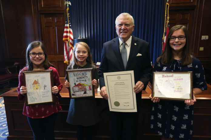 Clarke and Oconee County students earn top awards in UGA radon poster contest