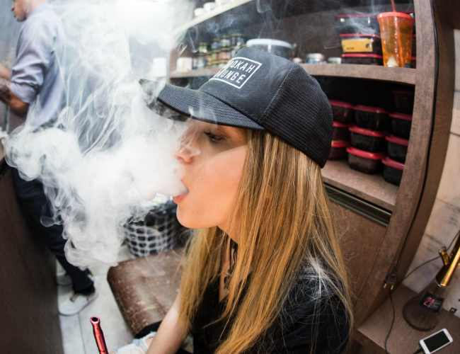Following vaping related deaths, Georgia Health Department issues health advisory