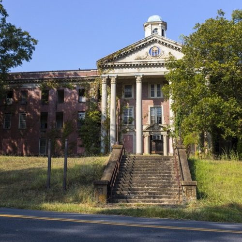 These Georgia landmarks are at risk of being lost forever