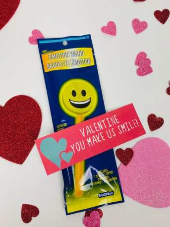 Valentine you make us smile gift tag for DIY Valentine's Gift for kids
