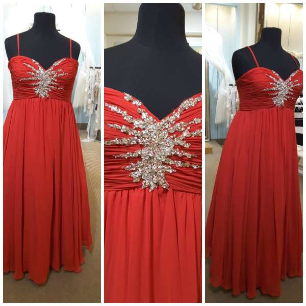 The Gilded Gown - Knoxville TN - Curvy Girl Prom Dresses 2016 13