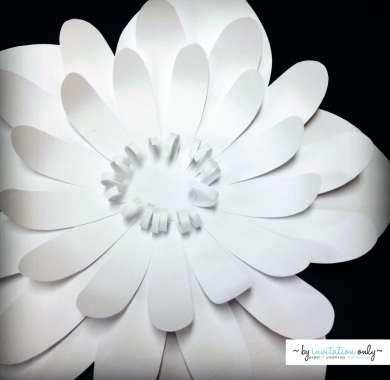 sm-white-paper-flower