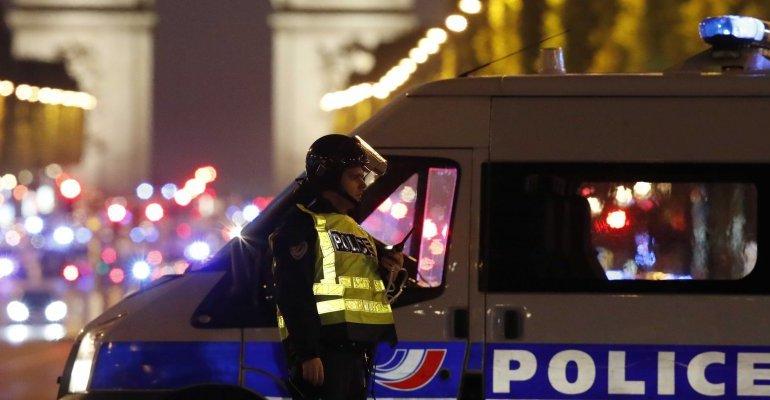 champs elysee - Attentato a Parigi