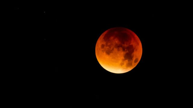 Eclisse di Luna più lunga del secolo