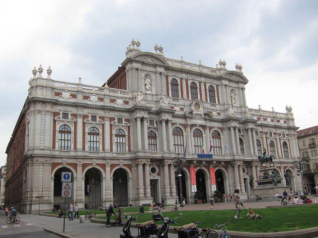 Torino Palazzo Carignano Piazza Carlo Alberto - TheGiornale.It