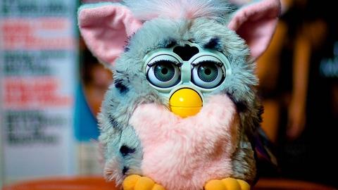 Furby - giocattoli che hanno segnato gli anni 90