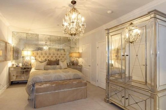 glam bedroom. Kim Kardashian s former bedroom  gorgeous but a little too much mirror Glamorous White Bedrooms