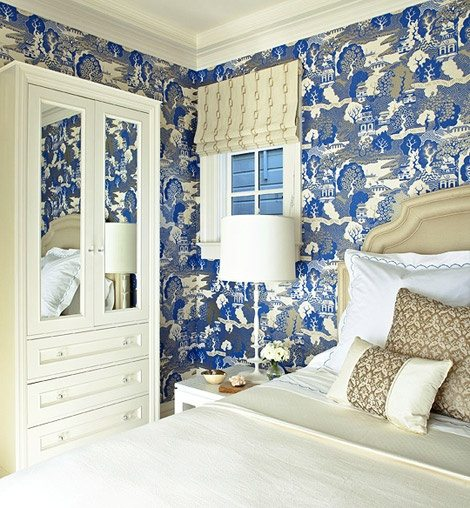 Bedroom Wallpaper Ideas Creative Bedroom Blue Wall Designs Dallas Cowboys Bedroom Paint Ideas Bedroom Interior Design Ideas India: Schumacher-Chiang-Mai-Dragon-blue-white-wallpaper-bedroom