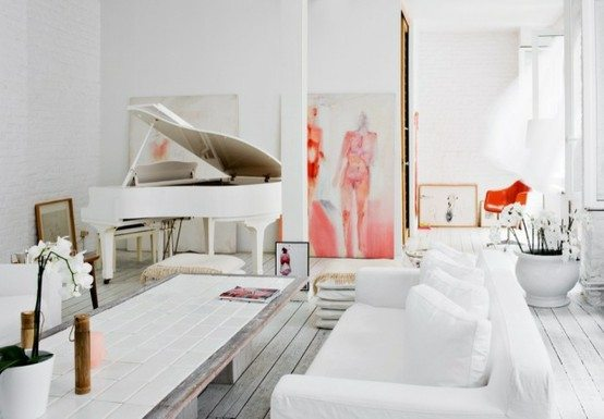 New Apartment Therapy says ucFor those who are looking to bring a piano into their homes in an updated way incorporating unexpected color is a fun and