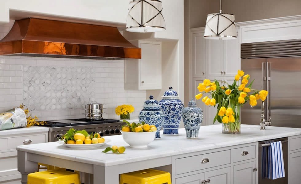 25 Classic White Kitchens With Blue White Accessories The Glam Pad
