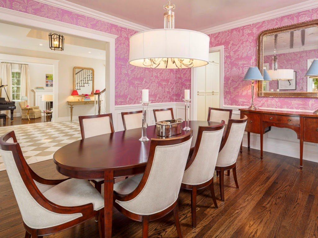 Inside tiffany jones amazing home transformation for Makeup by tiffany d dining room