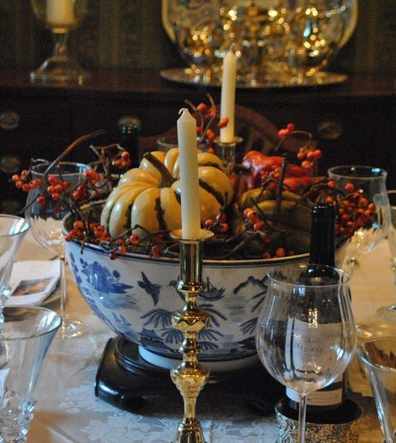 Blue and white tablescapes for thanksgiving the glam pad