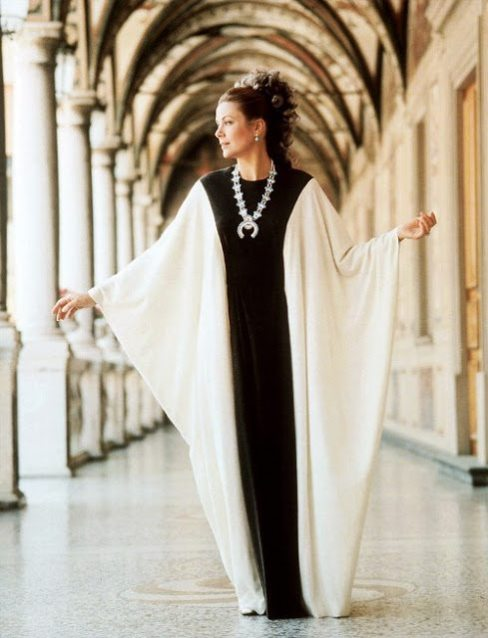 4b0dd3e178d08b Therefore I have asked my favorite caftan designer, Houston-based Carla  Christoph, to join us today for a Q&A on these fabulous frocks… and a  special treat!