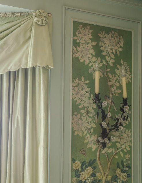Leta Is Truly An Artist When It Comes To The Details Here Scalloped Silk Pelmets Are Finished With A Jabot And Chou On Each End Creating Elegant