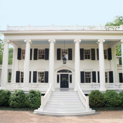 Amelia Handegan Revives a 19th Century Greek Revival
