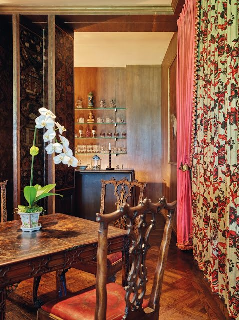 The Collection Presented By Christieu0027s Includes Approximately 300 Lots  Comprised Of William Haines Design, Antique Furniture, Works Of Art, ...