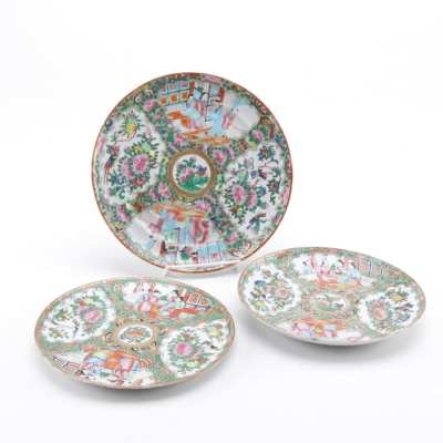 Rose Medallion Plates