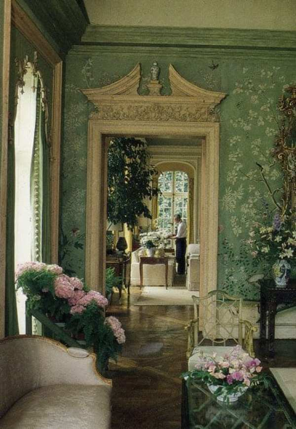 Gracie and The Garden Room at Winfield House - The Glam Pad on